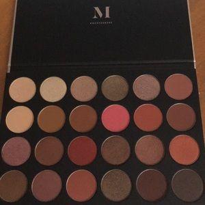 NWOB Morphe 24G Eyeshadow Palette